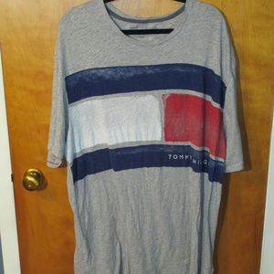 Tommy Hilfiger Distressed Flag Graphic Shirt XL